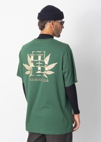 CAMISETA HIGH CLUB
