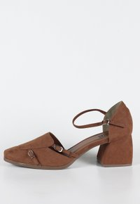 Brigitte shoes - Caramelo (vegan)
