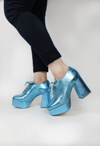 SHARON oxford c/ salto - turquesa (vegan)