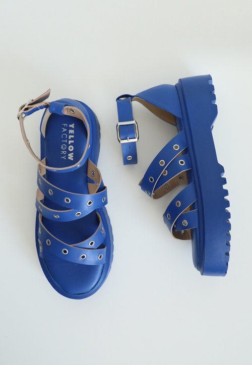 RIVET HIGH sandália- azul (vegan)
