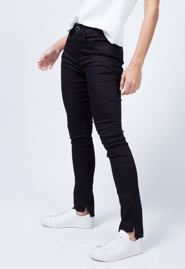 CALCA SKINNY BLACK