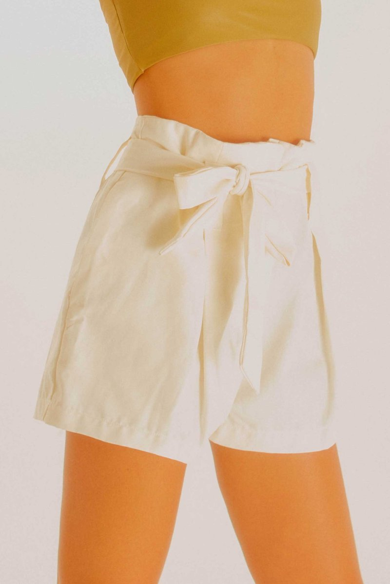 Short Luisa Off White