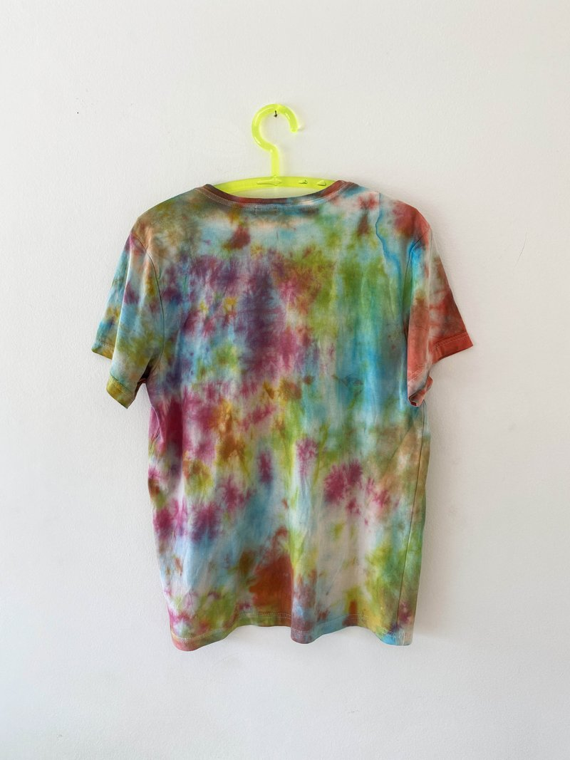 Camiseta Tie-Dye Colors SRI x Antonio Schuback